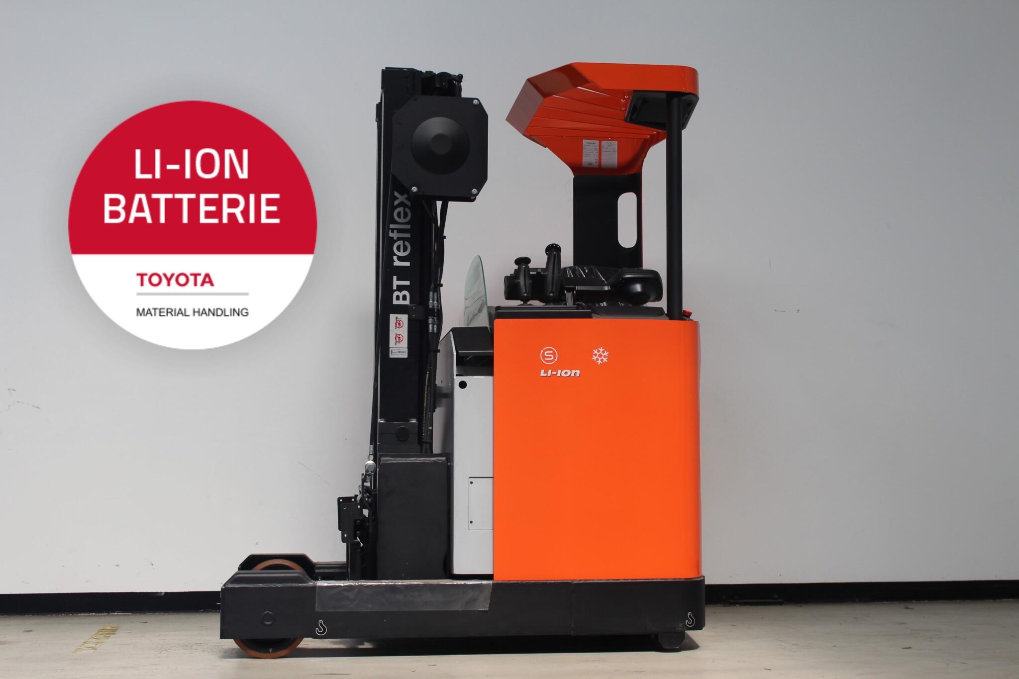 Toyota-Gabelstapler-59840 2011026576 1 scaled