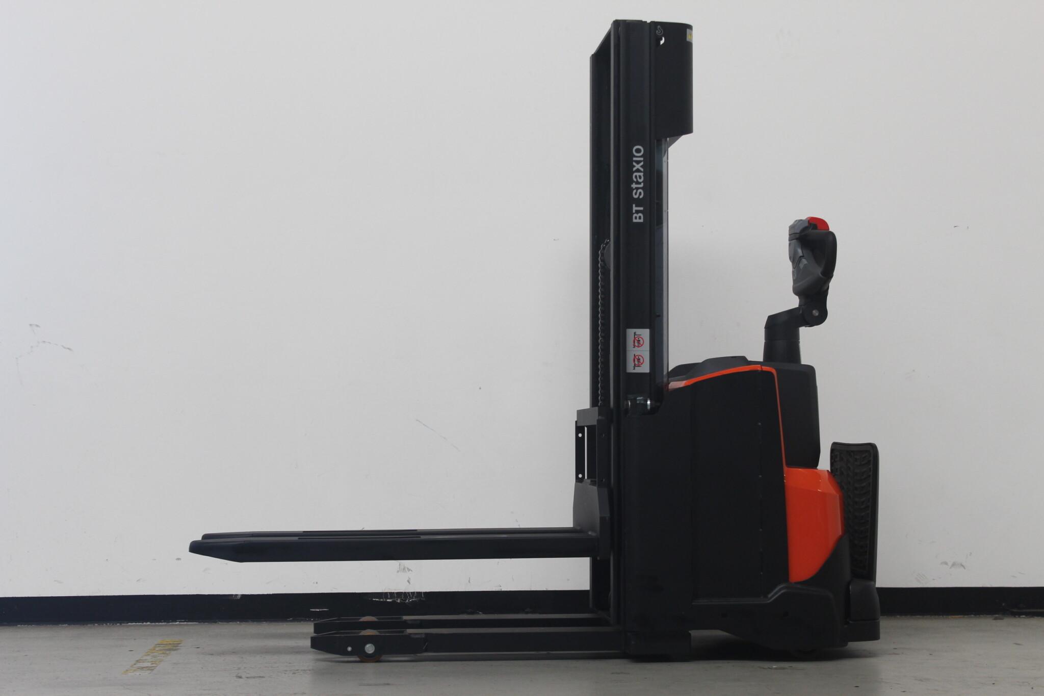 Toyota-Gabelstapler-59840 2101007810 1 1 scaled