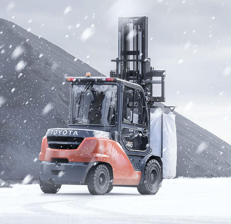 Toyota-Gabelstapler-ITL Gabelstapler Blog Zubehoer Winter Gabelstapler Hubwagen Flurfoerderzeuge Schneeketten 7