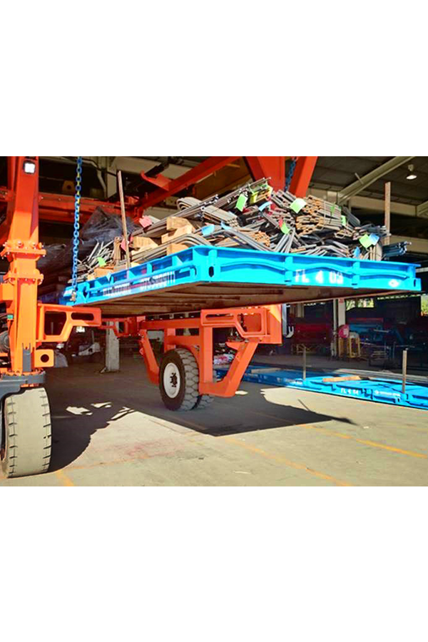 ITL-Gabelstapler-Saarland-Combilift-Straddle-Carrier-Containerstapler-Reachstacker-10