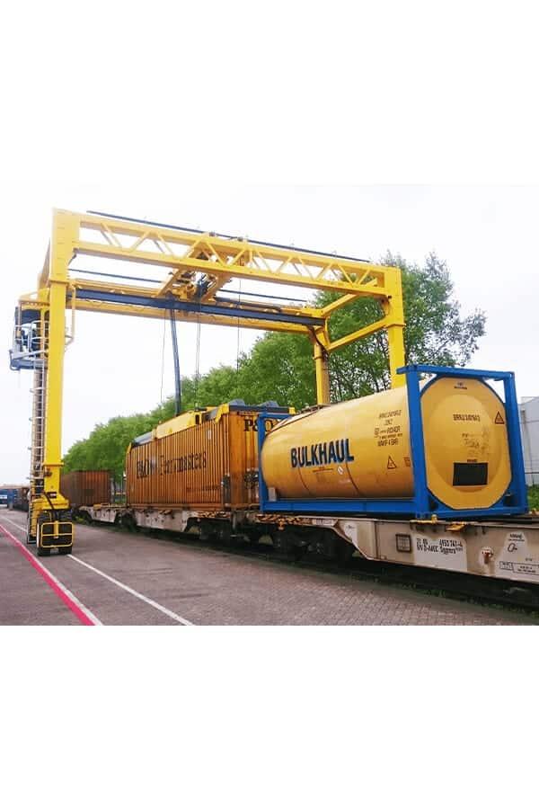 ITL-Gabelstapler-Saarland-Combilift-Straddle-Carrier-Containerstapler-Reachstacker-13