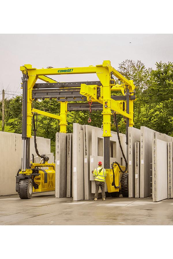 ITL-Gabelstapler-Saarland-Combilift-Straddle-Carrier-Containerstapler-Reachstacker-5