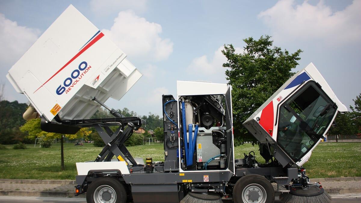 Toyota-Gabelstapler-ITL Lagertechnik Blog Dulevo Industire Kehrmaschine 6000 Revolution Kommunen Reinigung 2