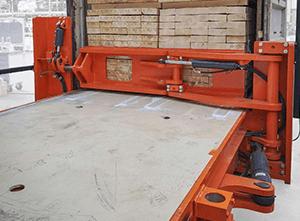 Toyota-Gabelstapler-ITL Lagertechnik Combilift CSS Container Beladung Detailansicht3