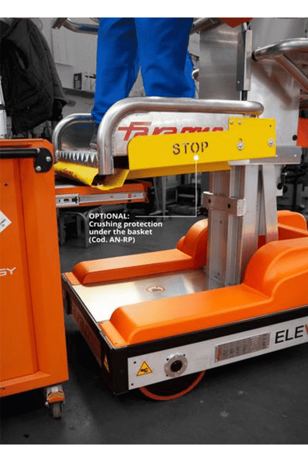 Toyota-Gabelstapler-ITL Lagertechnik Faraone Elevah 51 Move Picking Hebebuehne Arbeitsbuehne 8 Detailansicht