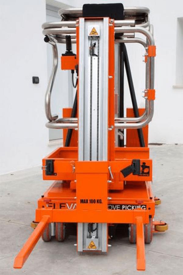 Toyota-Gabelstapler-ITL Lagertechnik Faraone Elevah 65 FL Picking Hebebühne 9 Detailansicht