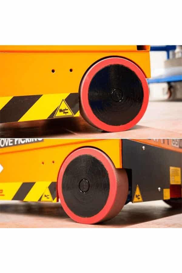 Toyota-Gabelstapler-ITL Lagertechnik Faraone Elevah 65 FL Picking Hebebuehne 12 Detailansicht