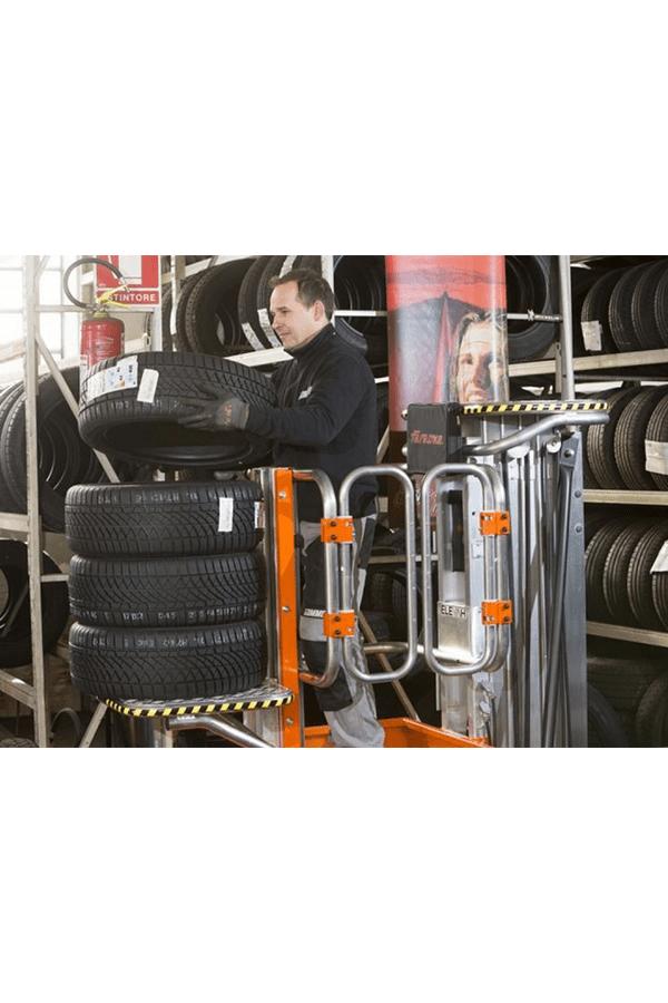 Toyota-Gabelstapler-ITL Lagertechnik Faraone Elevah 65 Move Picking Arbeitsbühne Hebebühne 11 Detailansicht