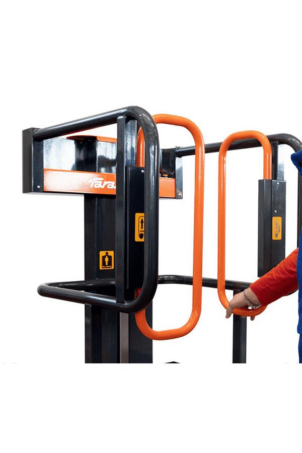 Toyota-Gabelstapler-ITL Lagertechnik Faraone Elevah Hebebuehne Arbeitsbuehne 5 Move 3 Detailansicht