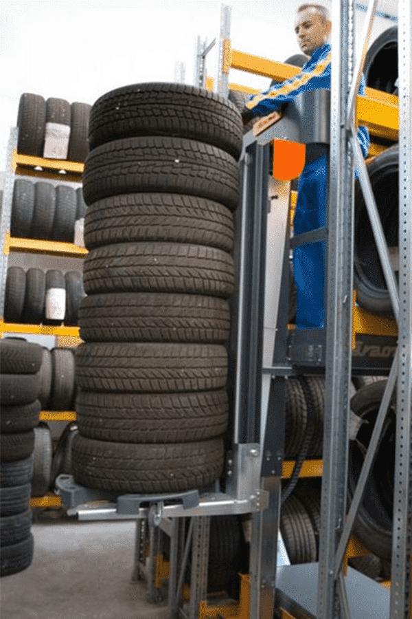 Toyota-Gabelstapler-ITL Transportmaschinen Faraone Elevah E5 Tires Autoreifen Einlagerung 2 Detailansicht