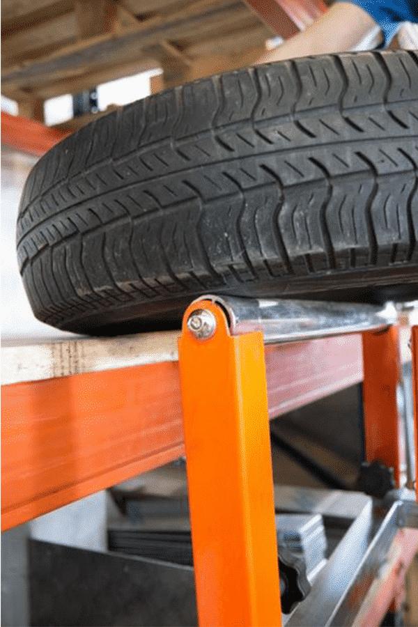 Toyota-Gabelstapler-ITL Transportmaschinen Faraone Elevevah Picking 75 Tires Reifen Kommissionierung Einlagerung 11 Detailansicht