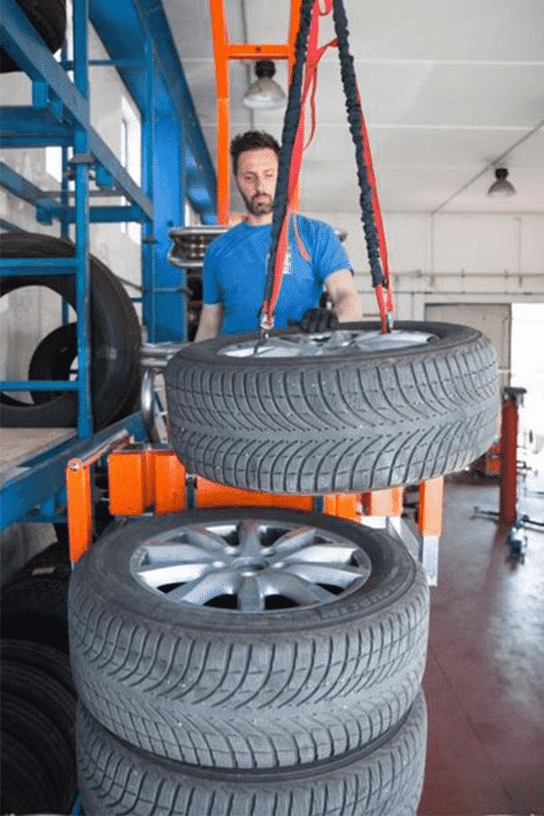 Toyota-Gabelstapler-ITL Transportmaschinen Faraone Elevevah Picking 75 Tires Reifen Kommissionierung Einlagerung 5 Detailansicht