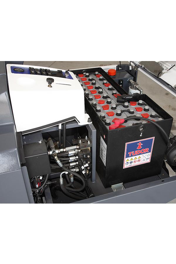 Toyota-Gabelstapler-ITL Transportmaschinen GmbH Toyota Gabelstapler Dulevo Kehrmaschine 1550 90 Elite 6