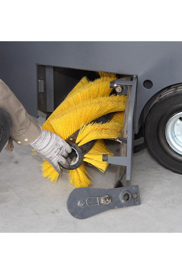 Toyota-Gabelstapler-ITL Transportmaschinen GmbH Toyota Gabelstapler Dulevo Kehrmaschine 1550 90 Elite 9