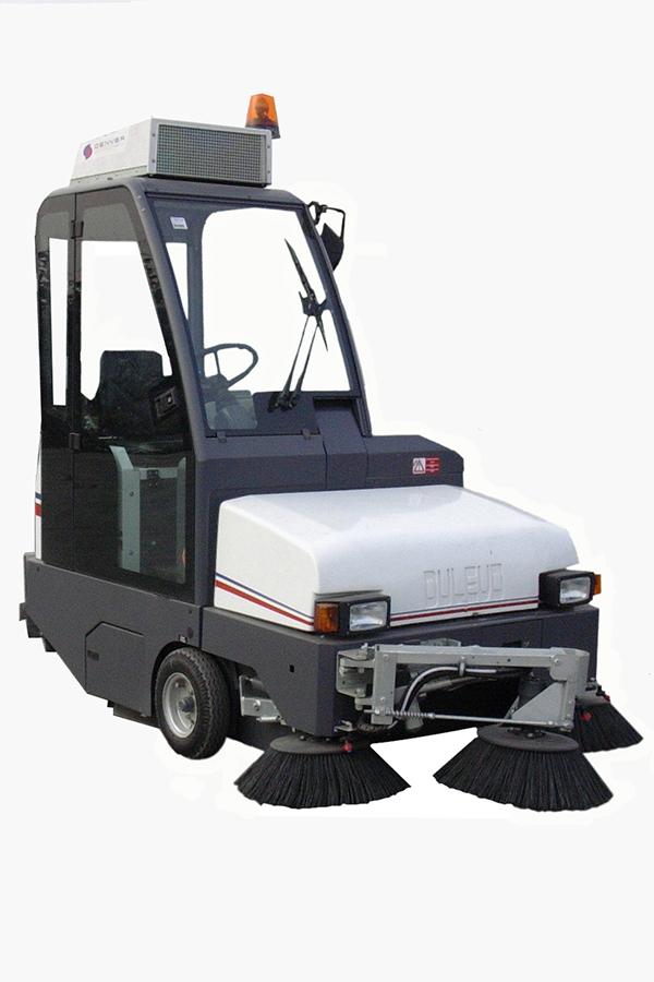 Toyota-Gabelstapler-ITL Transportmaschinen GmbH Toyota Gabelstapler Dulevo Kehrmaschine 1750 100 Elite 08