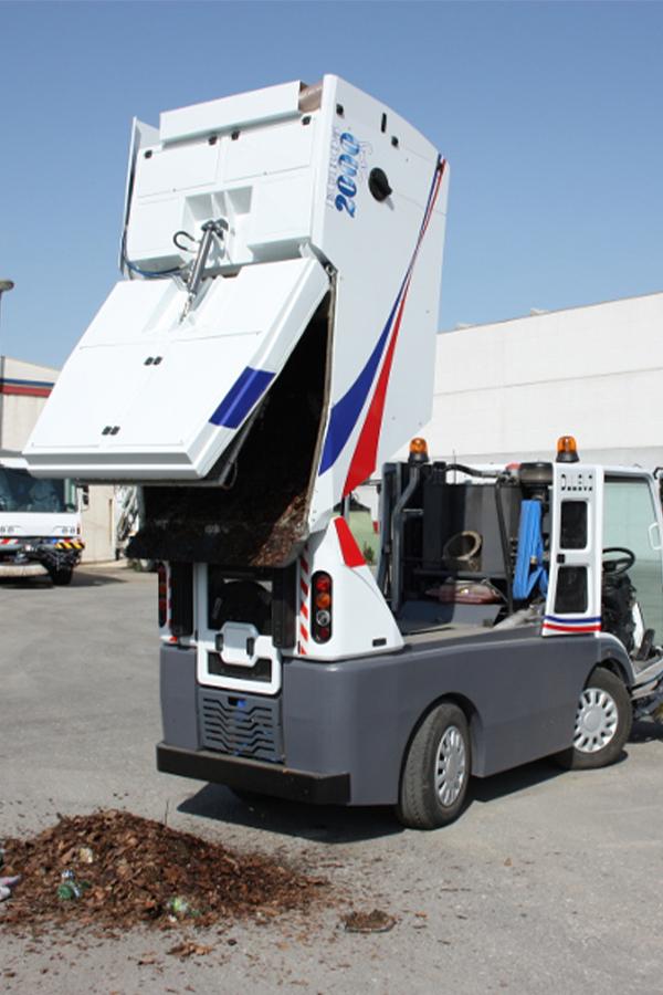 Toyota-Gabelstapler-ITL Transportmaschinen GmbH Toyota Gabelstapler Dulevo Kehrmaschine 2000 bild08