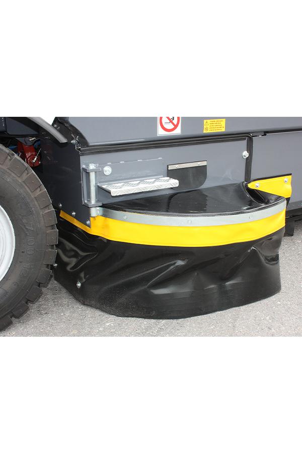 Toyota-Gabelstapler-ITL Transportmaschinen GmbH Toyota Gabelstapler Dulevo Kehrmaschine 3000 bild08