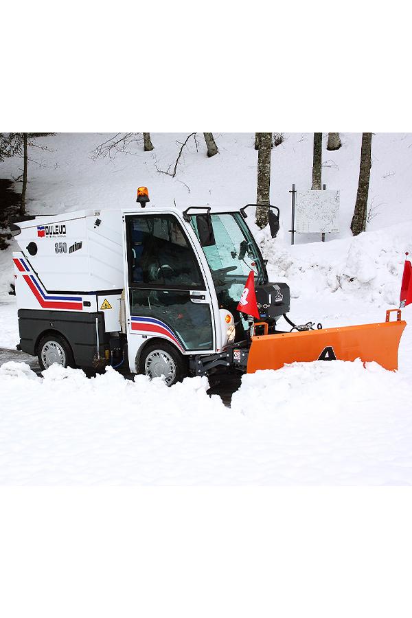 Toyota-Gabelstapler-ITL Transportmaschinen GmbH Toyota Gabelstapler Dulevo Kehrmaschine 850 bild09
