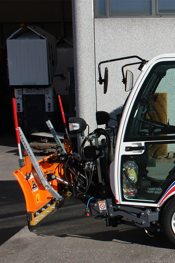 Toyota-Gabelstapler-ITL Transportmaschinen GmbH Toyota Gabelstapler Dulevo Kehrmaschine 850 bild10