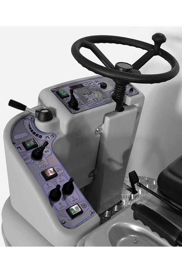Toyota-Gabelstapler-ITL Transportmaschinen GmbH Toyota Gabelstapler Dulevo Scheue RO25 bild06