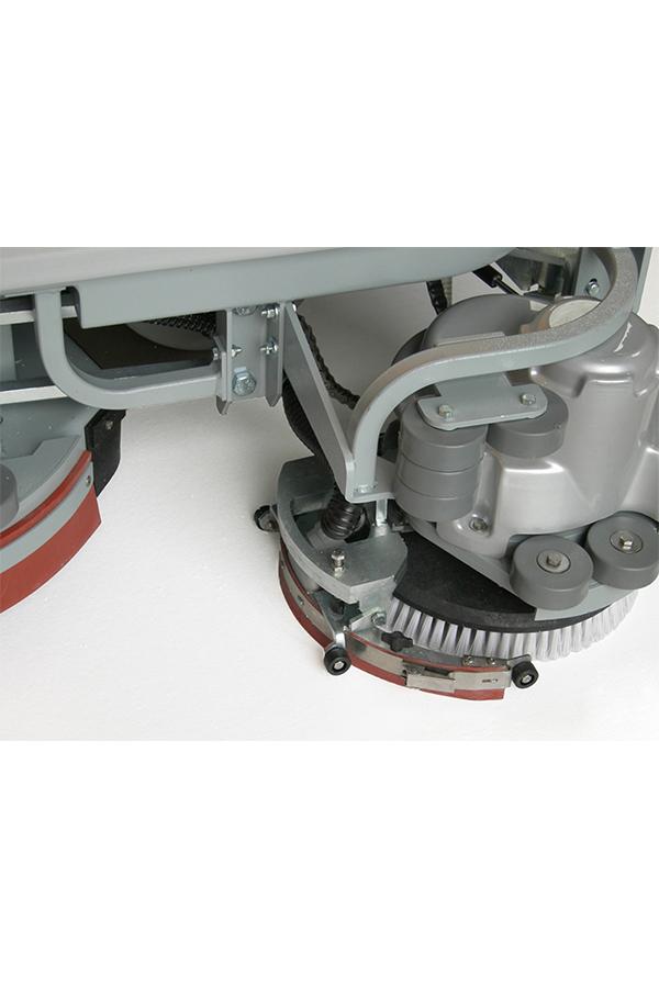 Toyota-Gabelstapler-ITL Transportmaschinen GmbH Toyota Gabelstapler Dulevo Scheue RO25 bild08