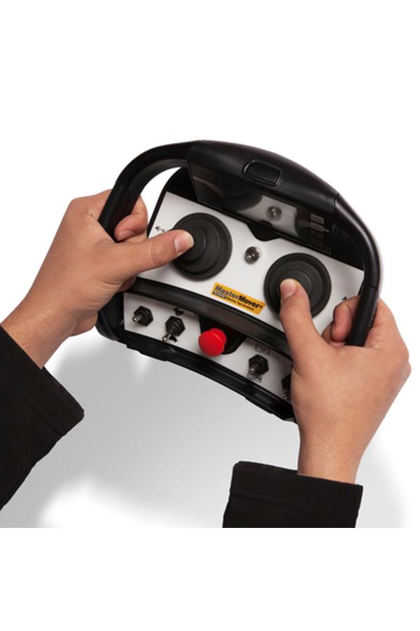 Toyota-Gabelstapler-ITL Transportmaschinen GmbH Toyota Gabelstapler MasterMover Elektroschlepper AT1200 TOW detail03