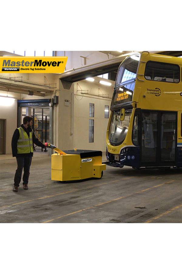 Toyota-Gabelstapler-ITL Transportmaschinen GmbH Toyota Gabelstapler MasterMover Elektroschlepper AT1200 TOW detail04