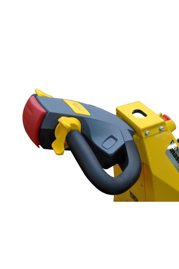 Toyota-Gabelstapler-ITL Transportmaschinen GmbH Toyota Gabelstapler MasterMover Elektroschlepper ATP400 detail07