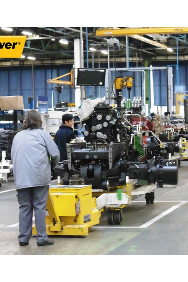 Toyota-Gabelstapler-ITL Transportmaschinen GmbH Toyota Gabelstapler MasterMover Elektroschlepper MT1200 detail02