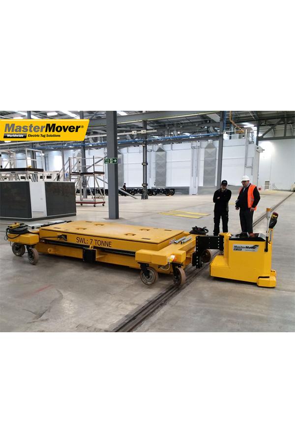 Toyota-Gabelstapler-ITL Transportmaschinen GmbH Toyota Gabelstapler MasterMover Elektroschlepper MT1500 detail06