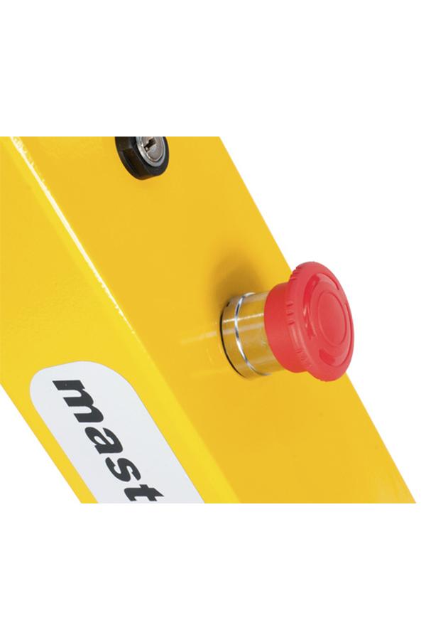 Toyota-Gabelstapler-ITL Transportmaschinen GmbH Toyota Gabelstapler MasterMover Elektroschlepper MT200 detail05