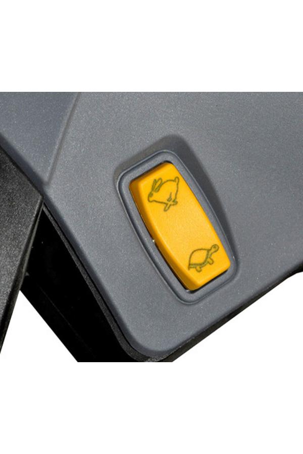 Toyota-Gabelstapler-ITL Transportmaschinen GmbH Toyota Gabelstapler MasterMover Elektroschlepper MT200 detail06
