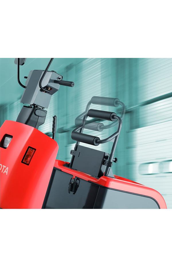 Toyota-Gabelstapler-ITL Transportmaschinen GmbH Toyota Gabelstapler Schlepper Tracto 4CBTY 6106