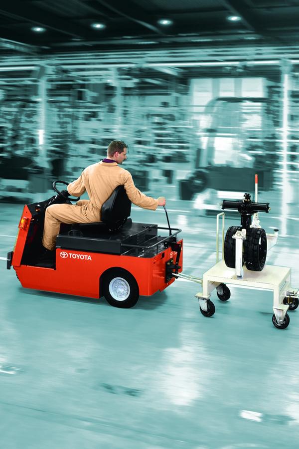 Toyota-Gabelstapler-ITL Transportmaschinen GmbH Toyota Gabelstapler Schlepper Tracto CBT 6112