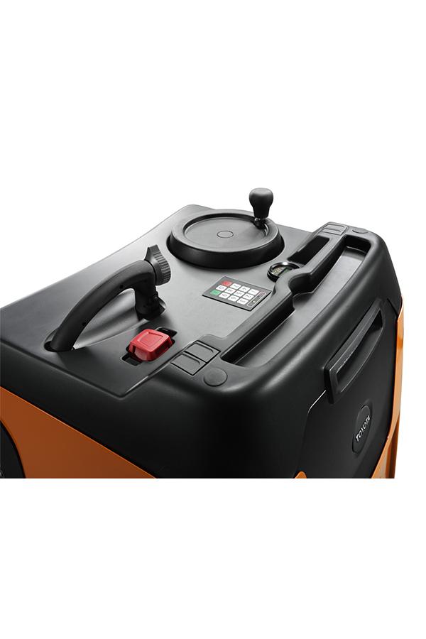 Toyota-Gabelstapler-ITL Transportmaschinen GmbH Toyota Gabelstapler Schlepper Tracto TSE100W 587