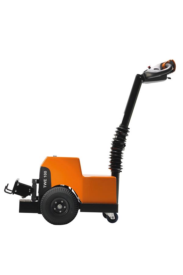 Toyota-Gabelstapler-ITL Transportmaschinen GmbH Toyota Gabelstapler Schlepper Tracto TWE100 640