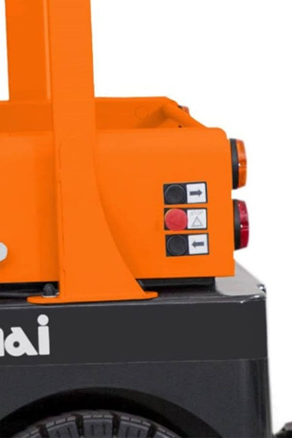 ITL-Transportmaschinen-GmbH-Toyota-Gabelstapler-Simai-Elektroschlepper-TE80-PPT3