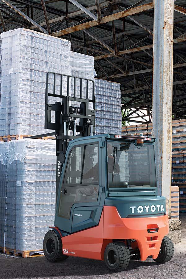 Toyota-Gabelstapler-ITL Transportmaschinen Toyota Elektrostapler Traigo 80 detail01