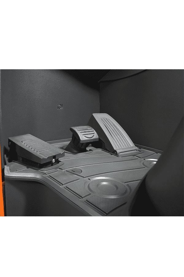 Toyota-Gabelstapler-bt reflex reo series pedal layout LO 14997.jpg 3